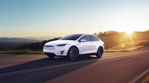 White-Tesla-Model-X-Electric-SUV.jpg