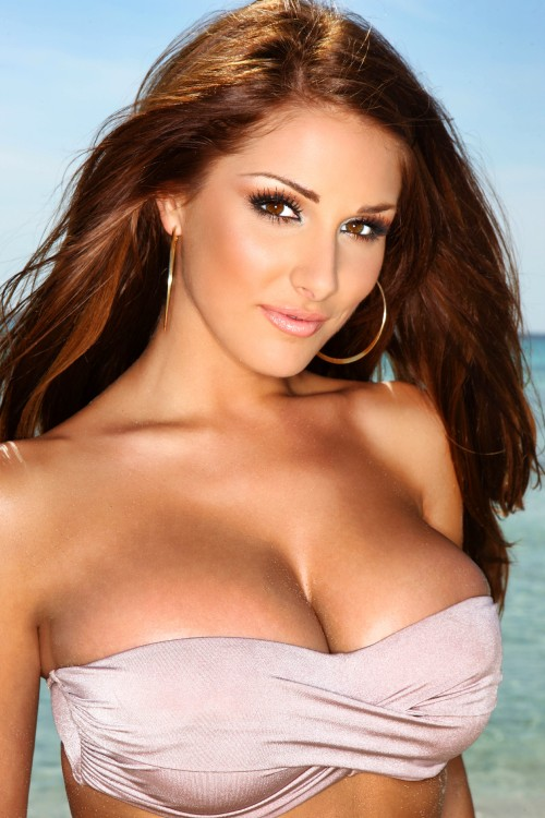 Lucy-Pinder-with-ocean-background---Female-Model.jpg