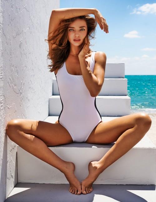 Miranda-Kerr-Sitting-on-Steps-with-Beach-in-Background---Female-Model.jpg
