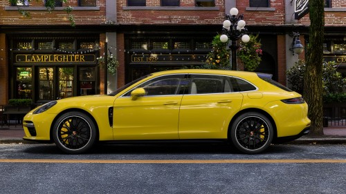 2019-Porsche-Panamera-Turbo-S-E-Hybrid-Sport-Turismo-in-Yellow-3.jpg