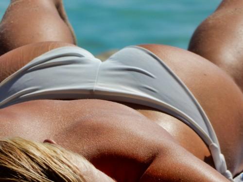 Beach-bikini-Butt.jpg