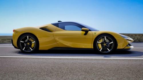 Ferrari-SF90-Stradale---Custom-Yellow-Exterior---Italian-Coastal-Road-31.jpg