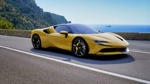 Ferrari-SF90-Stradale---Custom-Yellow-Exterior---Italian-Coastal-Road-35.jpg