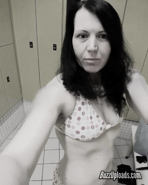 Melanie-Hot-sexy.jpg