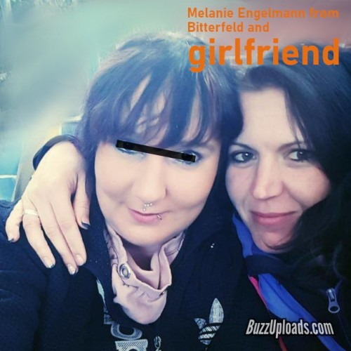 Melanie-and-girlfriend.jpg